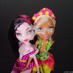 Huge solo cumshot on 2 dolls