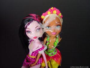 Solo cumshot on 2 dolls
