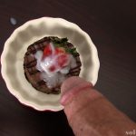 Cumming on cheesecake