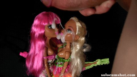 Bukkake on 2 dolls