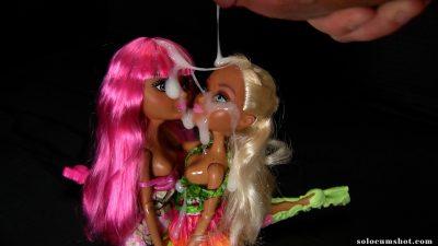 Doll threesome cumshot